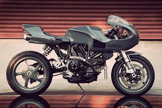 '01 Ducati MH900e Evoluzione