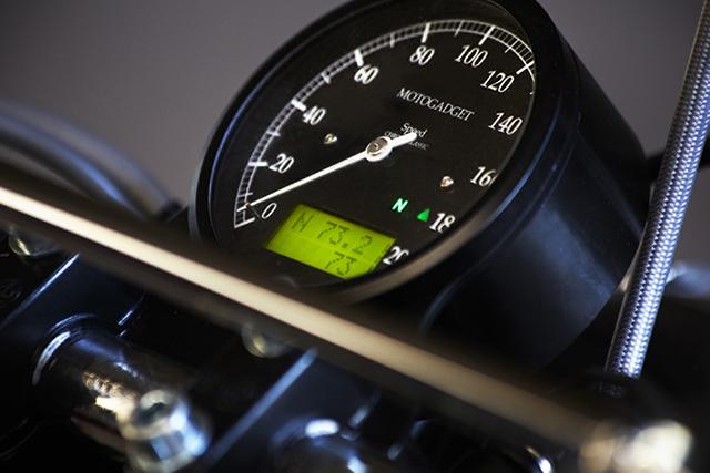 Fuel_BMW_R90_07