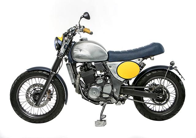 Suzuki_XF650_hero