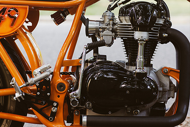 05_07_2015_kawasaki_W650_high_noon_09