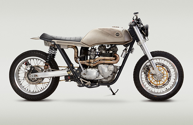 Triumph_bonneville_T140_classified1