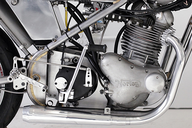19_05_2016_Norton_Seeley_Commando_Worth_Motorcycle_Company_02