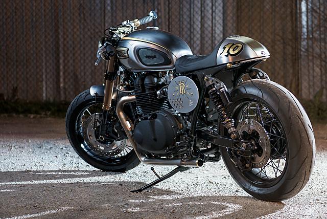 01_07_2016_Analog_Motorcycles_Triumph-_Bonneville_El_Matador_02