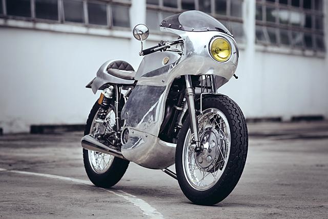11_07_2016_Yamaha_SR400_Omega_Racer_Sunmaster_02