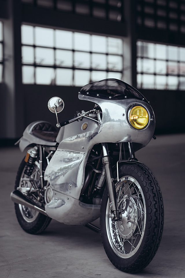11_07_2016_Yamaha_SR400_Omega_Racer_Sunmaster_12