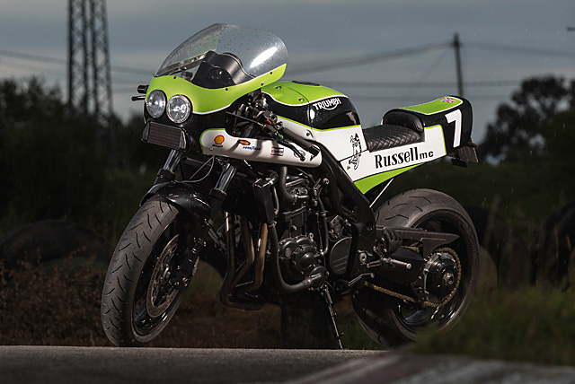 18_07_2016_RUssell_Motocycles_Triumph_Speed_Triple_Retro_racer_02_small