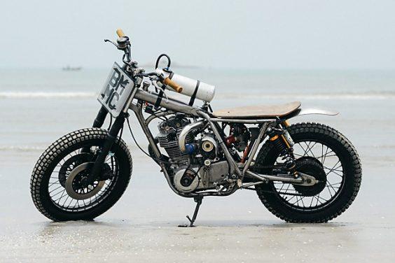 Supercharged Yamaha SR400 – Beautiful Machines