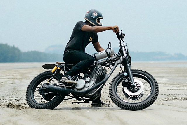 30_09_2016_beautiful_machines_yamaha_sr400_supercharged_beach_racer_03