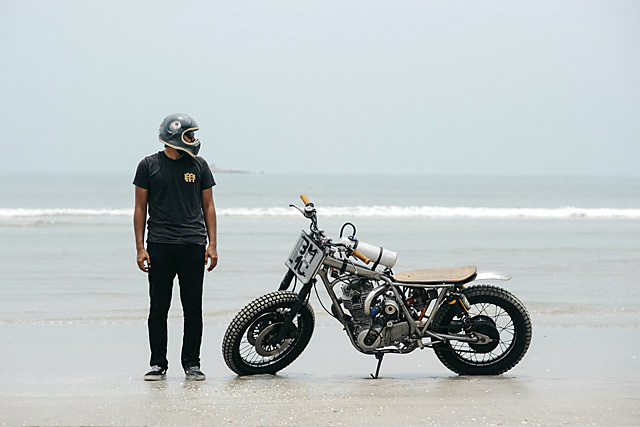 30_09_2016_beautiful_machines_yamaha_sr400_supercharged_beach_racer_08