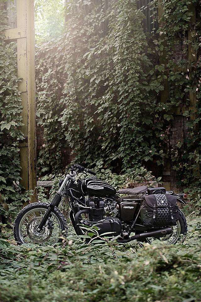 093_11_2016_triumph_bonneville_900_foxtrot_anvil_motociclette_11