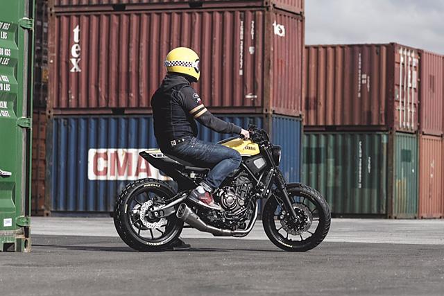 22 11 2016 Motomax Metz France Yamaha Xsr700 Scrambler Tracker 03 So With A Fresh 2015 XSR700