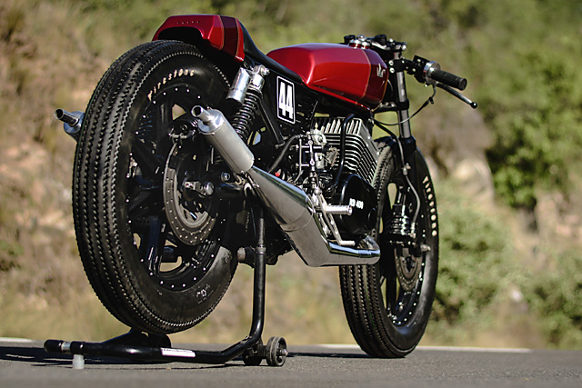30_11_2016_lucky_customs_yamaha_rd400_brat_racer_two_stroke_argentina_08