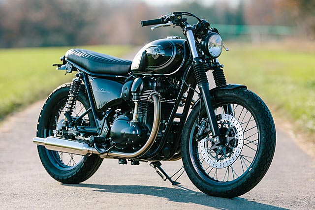 06_12_2-16_schlachtwerk_kawasaki_w800_black_tracker_brat_germany_custom_motorcycle_05