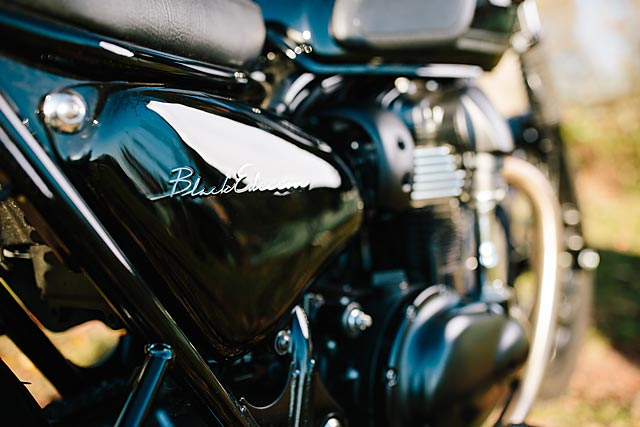 06_12_2-16_schlachtwerk_kawasaki_w800_black_tracker_brat_germany_custom_motorcycle_07