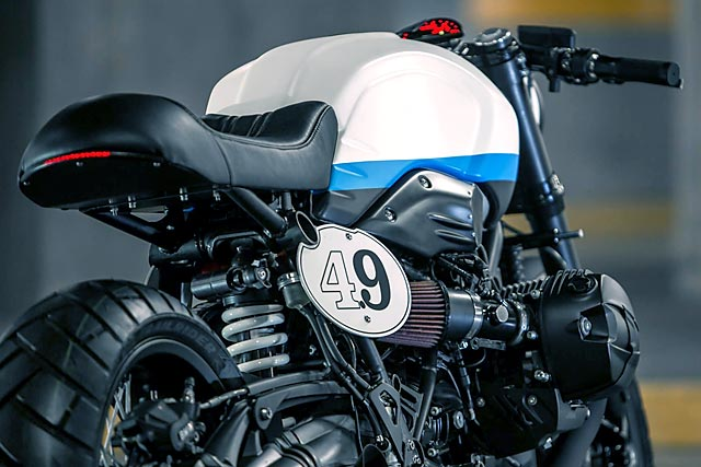 07_12_2016_catrina_motosurf_bmw_rninet_cafe_racer_mexico_custom_bike_racer_03