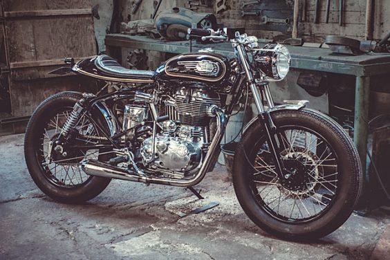 'Black Bullet 500' Royal Enfield – Motocyclette Certifiée Non Conforme