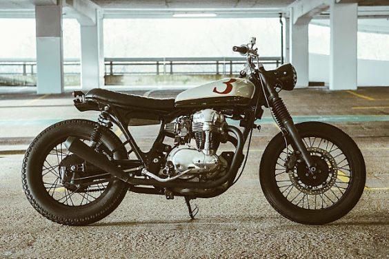 '3-DOM'Kawasaki W400 – Untitled Motorcycles