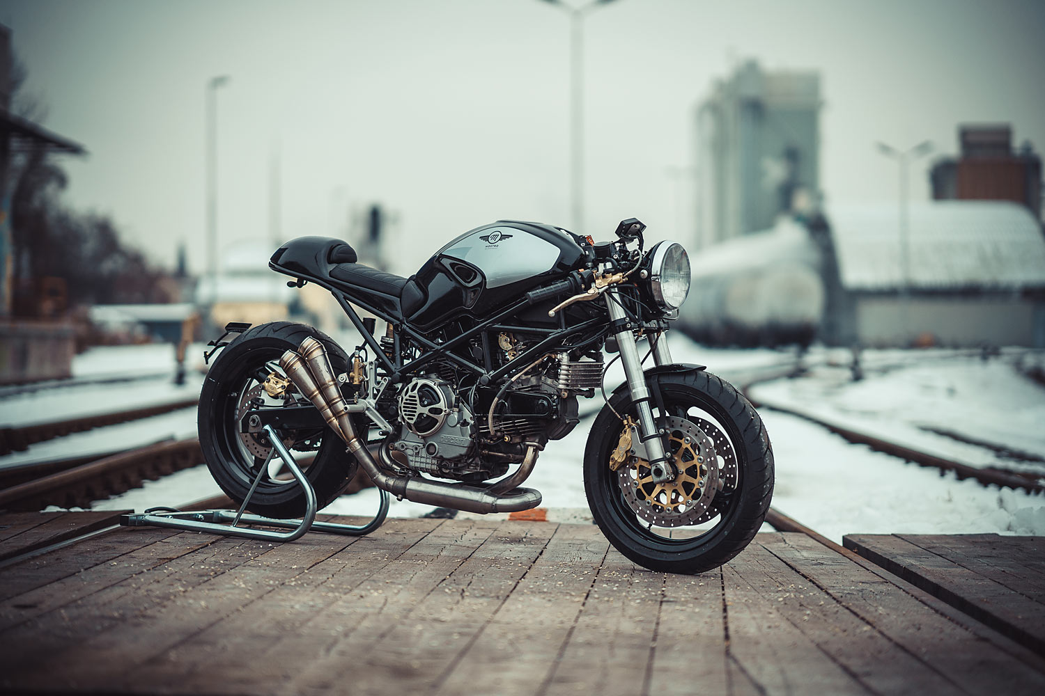 mostro 900 ducati cafe racer nct motorcycles. Black Bedroom Furniture Sets. Home Design Ideas