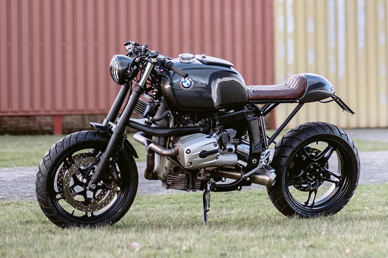 the beast bmw r1100s cafe racer moto adonis. Black Bedroom Furniture Sets. Home Design Ideas