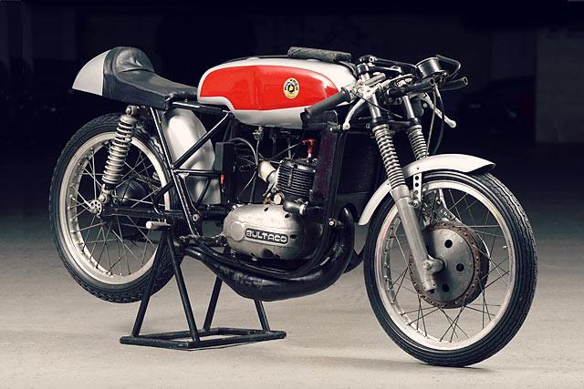 the original bultaco tss note frame bracing