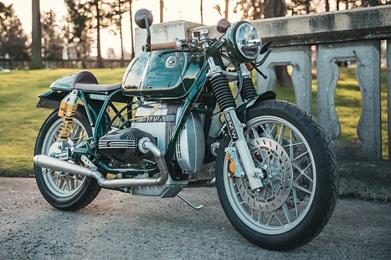 GERMAN ARMY KNIFE. A Do It All BMW R100T from Boxer Metal