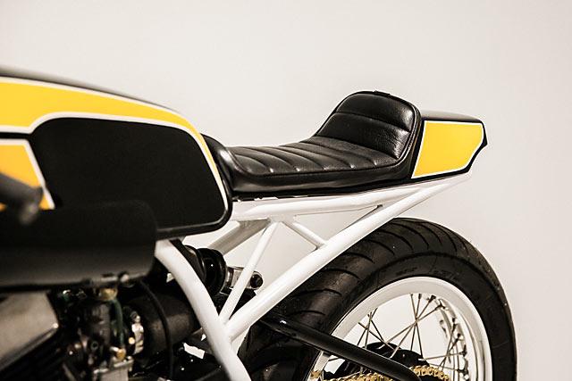 STROKE OF LUCK  Enginethusiast's Trophy Winning Yamaha RD400