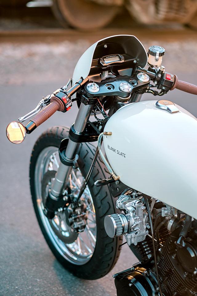 GNARLY YAMAHARLEY  Blank Slate Cycles' Slick XV920 Bobber - Pipeburn com