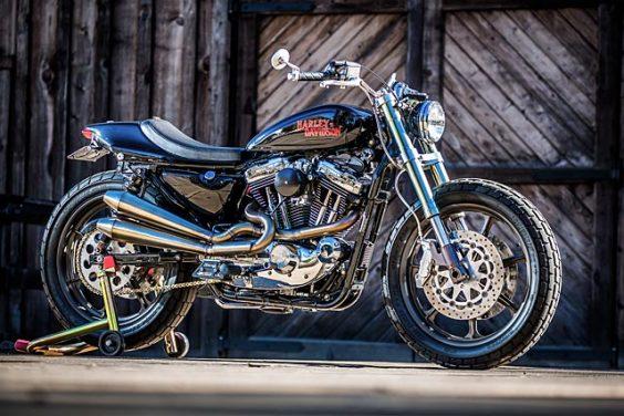 MIDNIGHT EXPRESS. Mule Motorcycles' Mean Harley Sportster Street Tracker