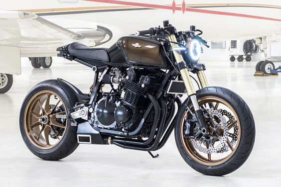 AIR-COOLED AIRLINES. KickMoto's Flying Suzuki GS1150 Neo-Racer