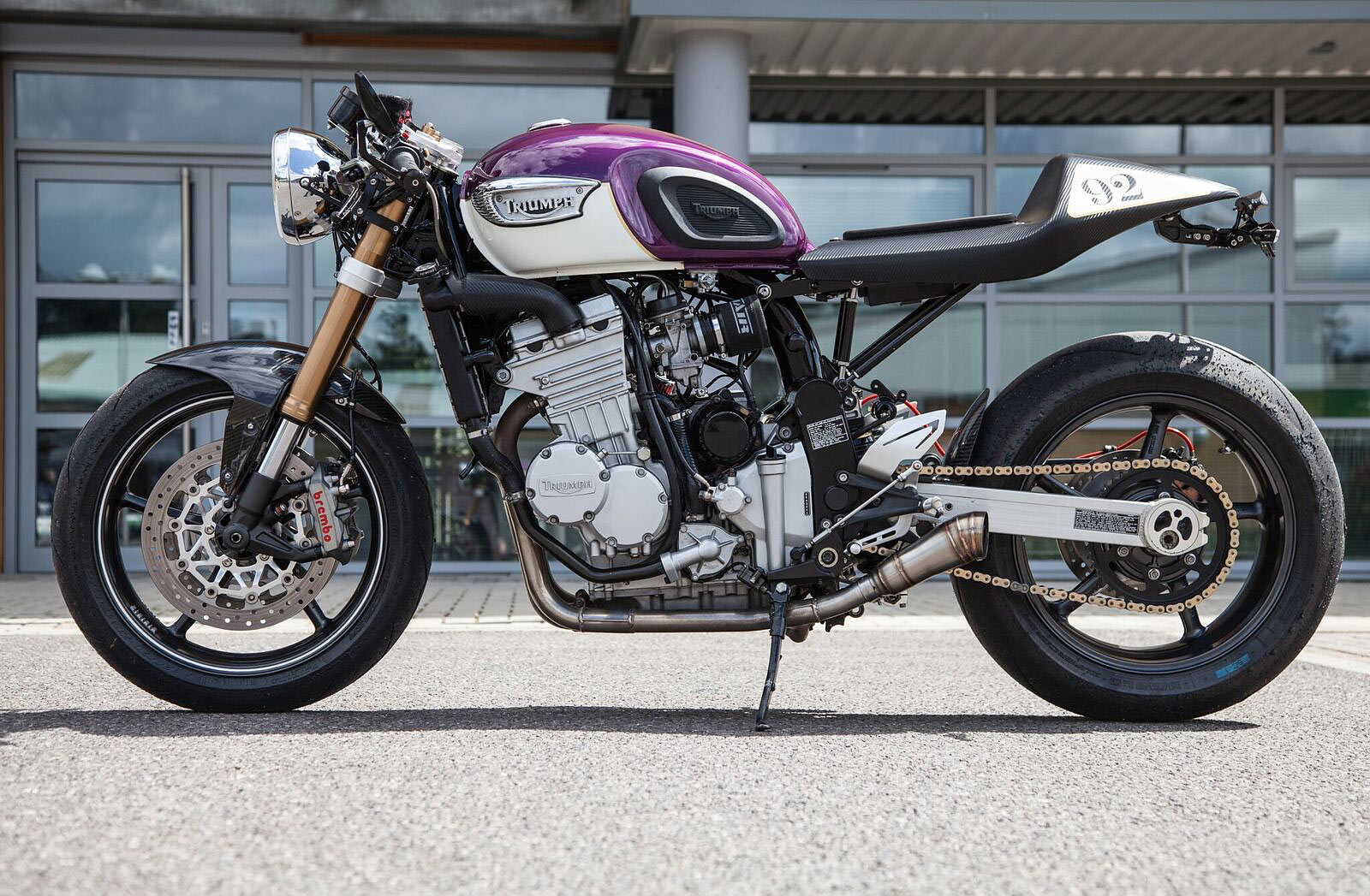 PURPLE PEOPLE BEATER  Joe Pitman's '92 Triumph Trophy Racer