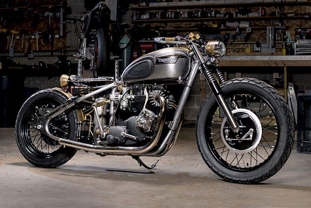 YOU ONLY LIVE TWICE. Analog Motorcycles Rebuild Their Classic '72 Triumph Bobber