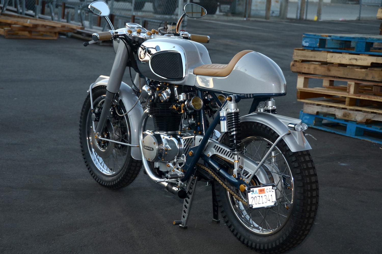 Moto Cafe Racer Retro