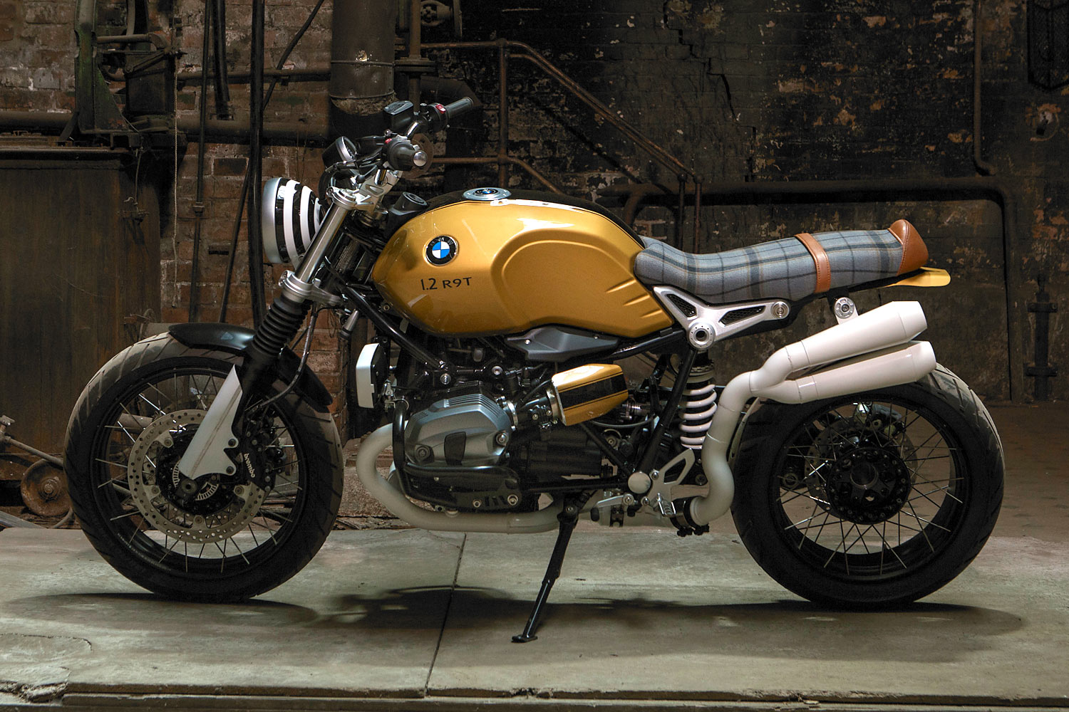 Creating A BMW Scrambler With Old School Elements Makes Hell Of Lot More Sense When You Know Haydens Background I Work In Ventura County California