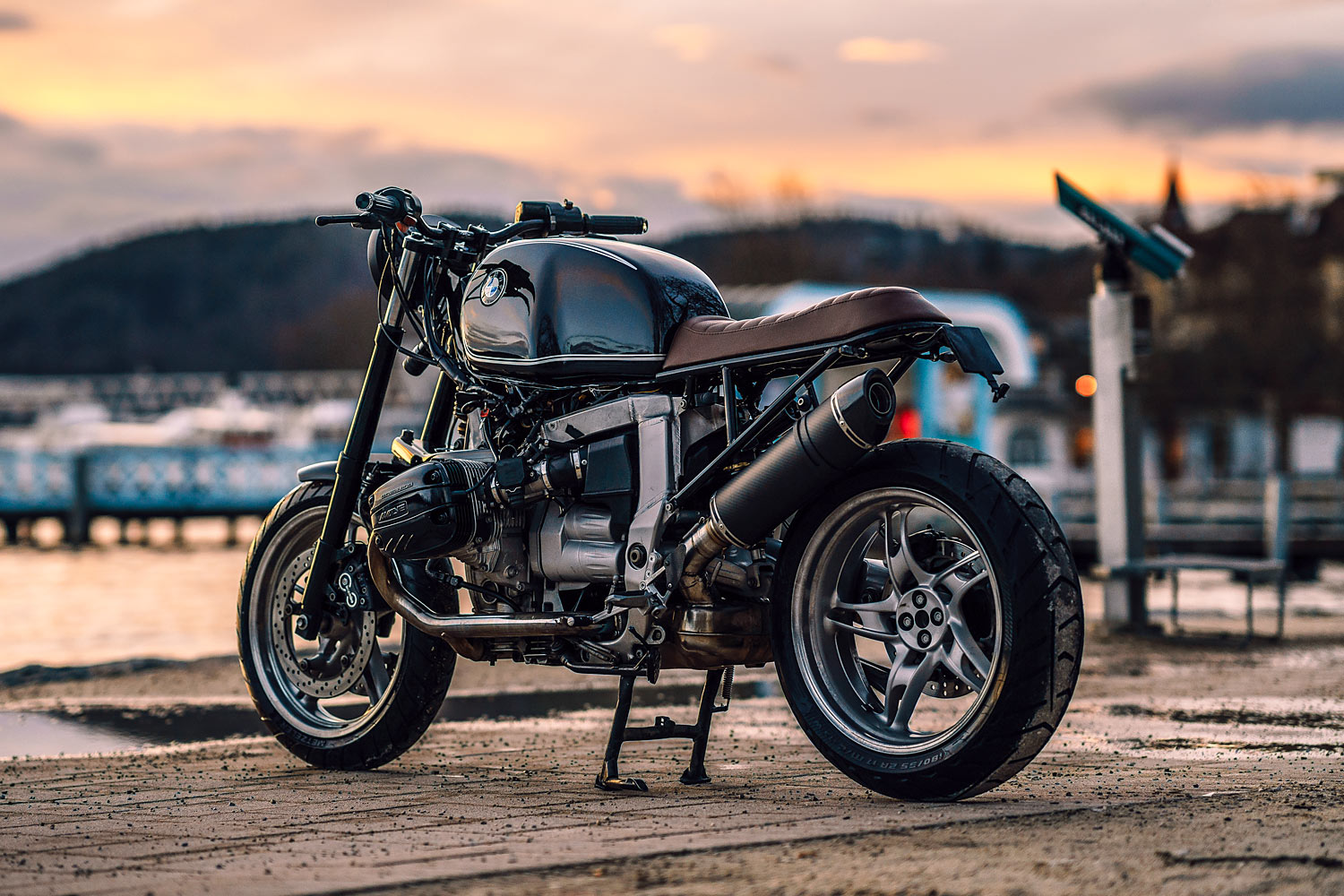 a view to a thrill nct s spectre bmw r1100s scrambler. Black Bedroom Furniture Sets. Home Design Ideas
