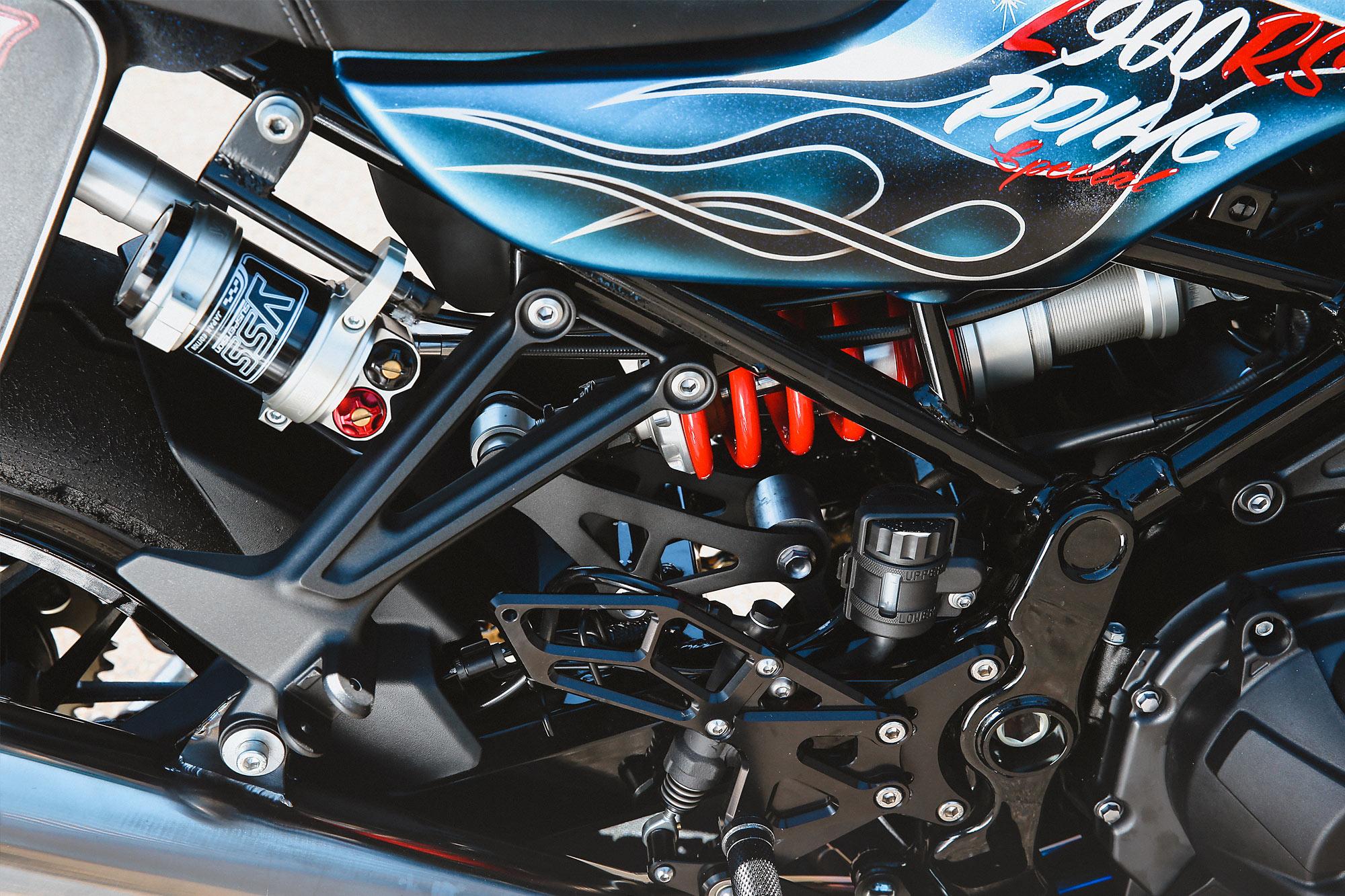 Mountain Biking Blue Thunder S Mean Kawasaki Z900rs Pikes Peak Special Pipeburn