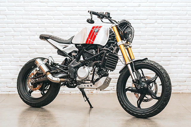 One In Two Billion Smoked Garage S Bmw G310r Scrambler Pipeburn Com