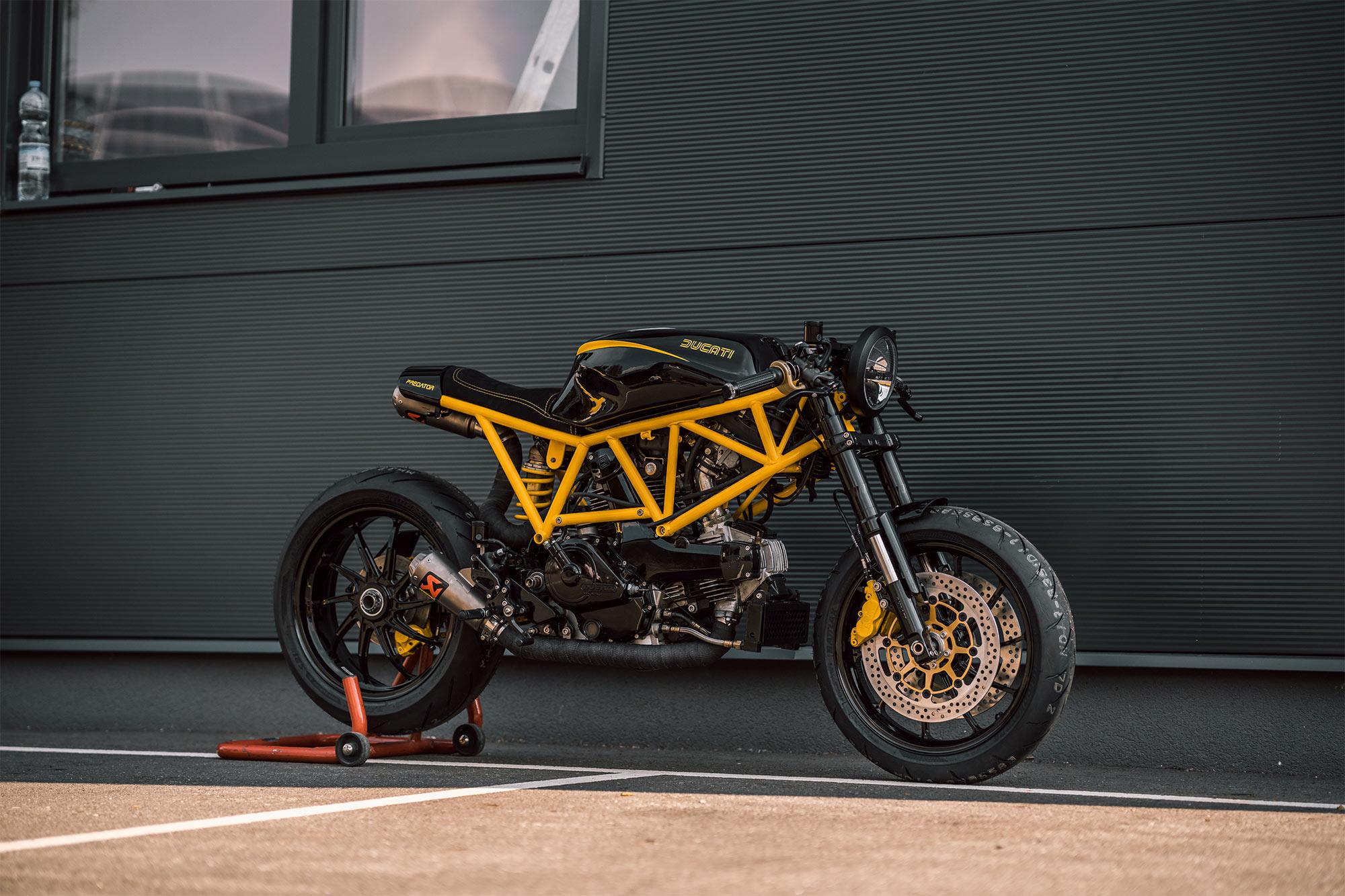 Sting Like A V Nct Motorcycle S Angry Predator Ducati 750ss Pipeburn