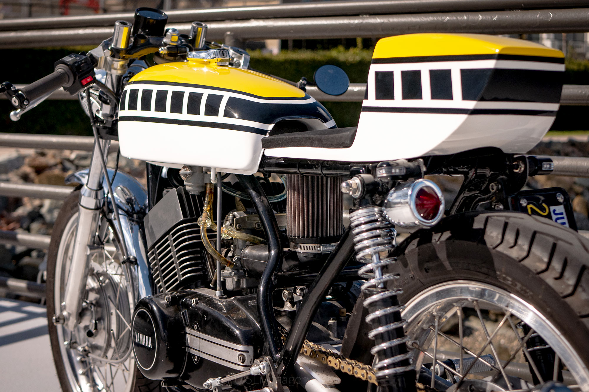 Pleasing Power Couple Zanutto Engineerings 71 Yamaha R5 Restomod Racer Wiring Cloud Oideiuggs Outletorg