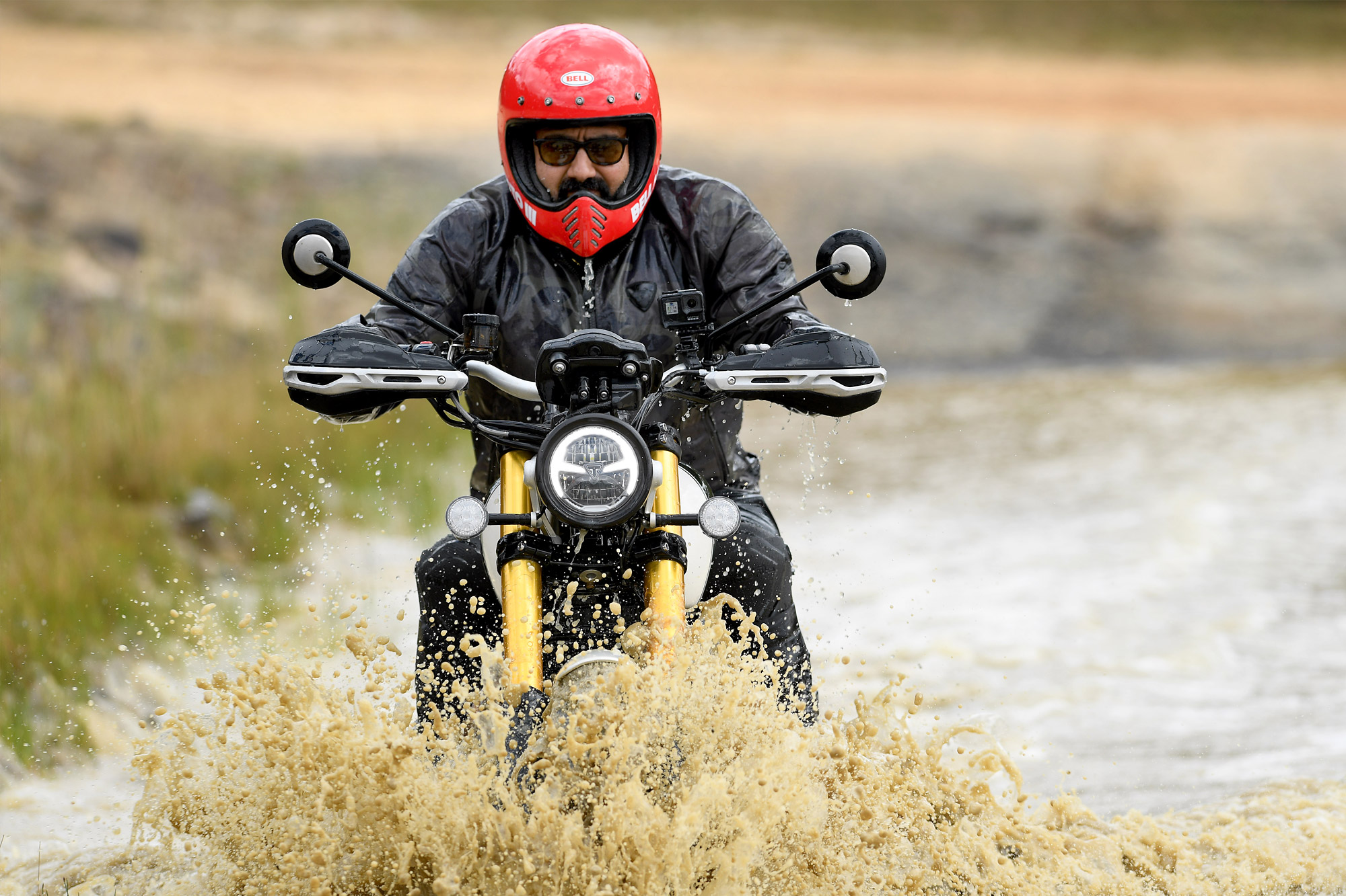 2019 Triumph Scrambler 1200 XE and XC Test (On- and Off-Road)