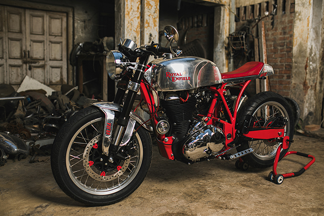 THUNDERBOLT: Royal Enfield Classic 500 by Cycle City Customs