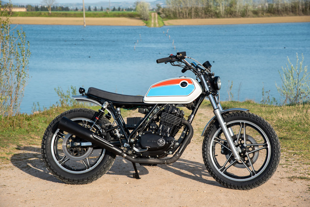 THUMPING TRACKER: Honda Ascot FT500 by Ludwig Motorcycles.