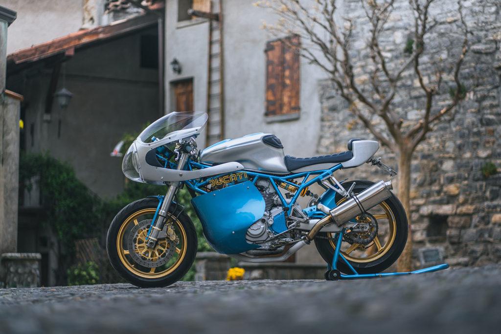 IL DUCA: Ducati 900SS by GDesign.